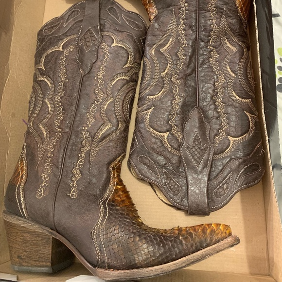 4ab4ed58eacf9 Frida Cuadra Shoes   Womens Cowboy Boots With Matching Belt   Poshmark